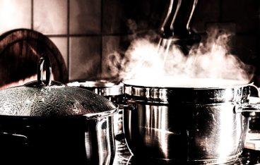 女性のお歳暮には「丹波黒豆煮」がおすすめ! その理由とは?
