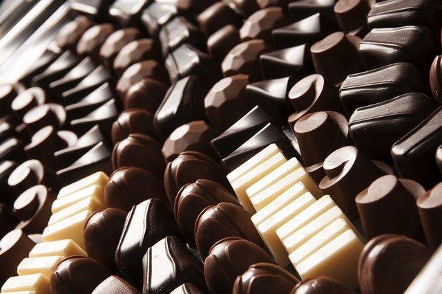 専門店の黒豆チョコレートがおすすめ