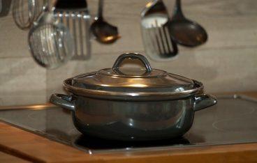 きらきら艶々! 圧力鍋で作る黒豆煮の作り方と効果は?