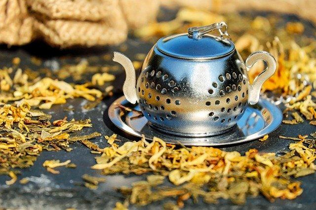丹波篠山いのうえ黒豆農園が打ち出す2つの黒豆茶、その飲み方
