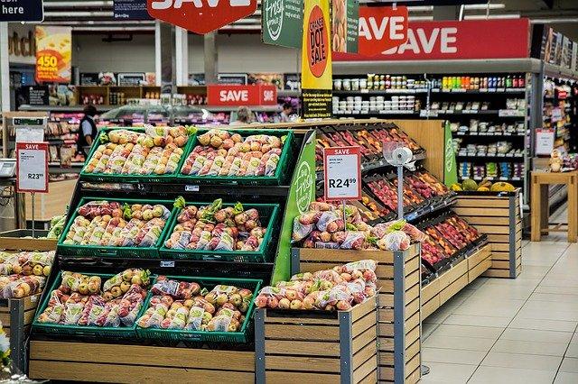 スーパーで売られている一般的な枝豆と、丹波黒豆枝豆の違いとは